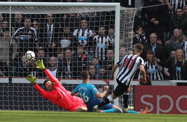 Iwobi In Action As Arsenal Collapse At Newcastle