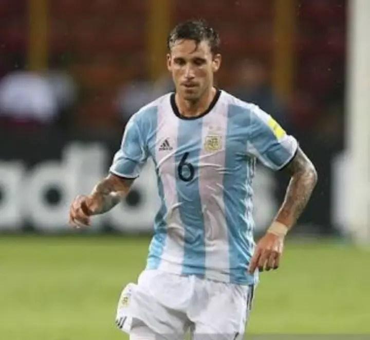 Sampaoli Monitors Injured Midfielder Biglia For Argentina World Cup Squad
