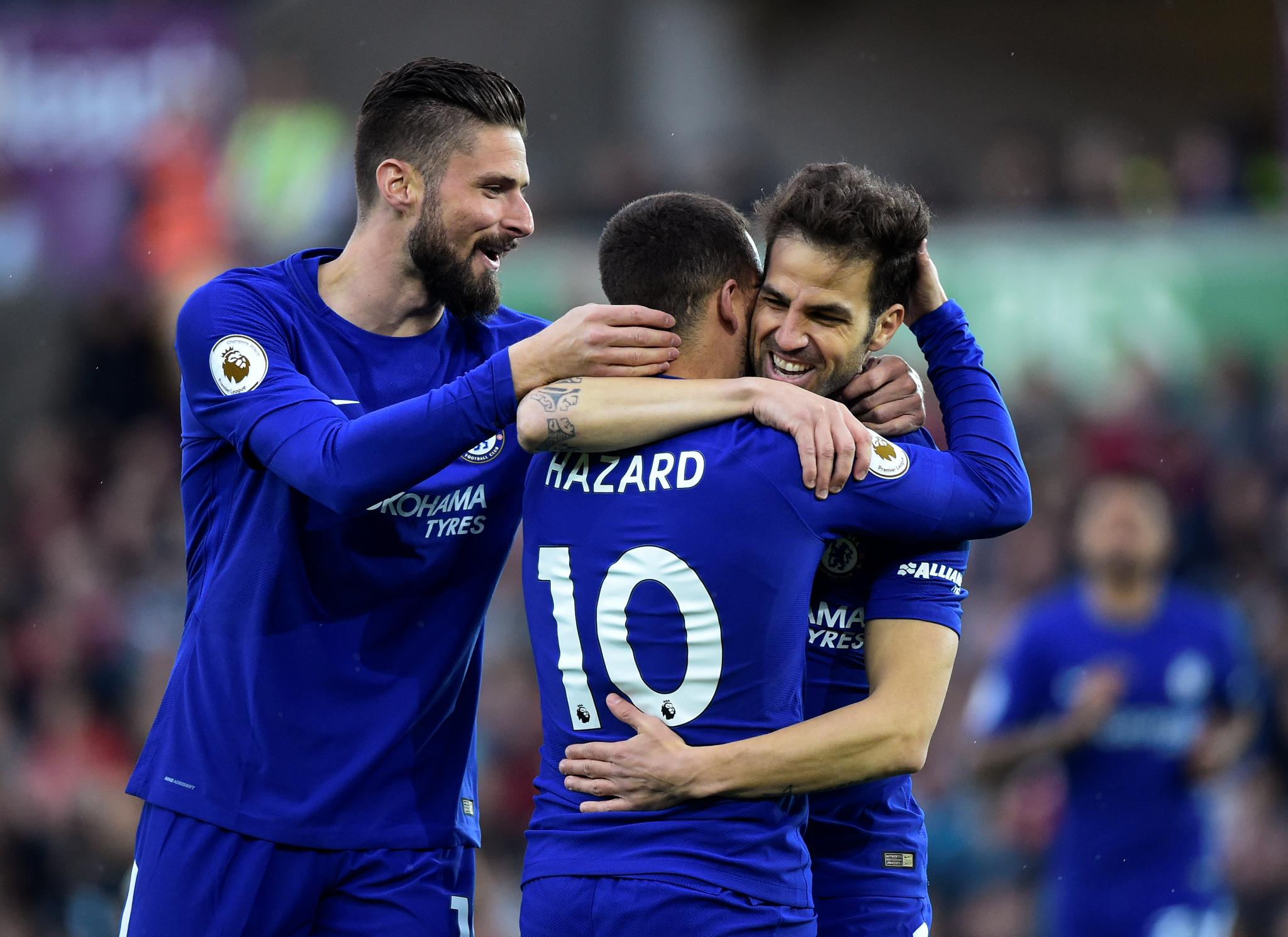 Moses Stars As Fabregas Strike Sustains Chelsea's Top Four Hopes