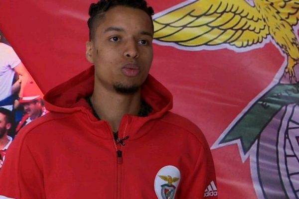 ADO Den Haag Congratulate Ebuehi On Benfica Switch