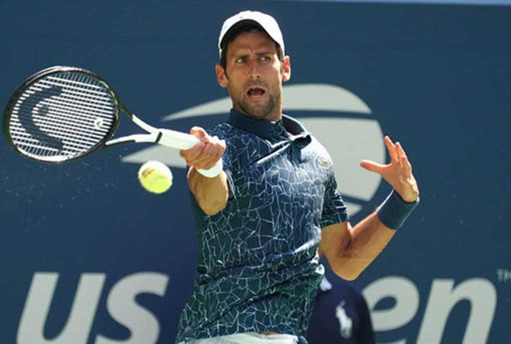 Djokovic Battles Heat To Go Through