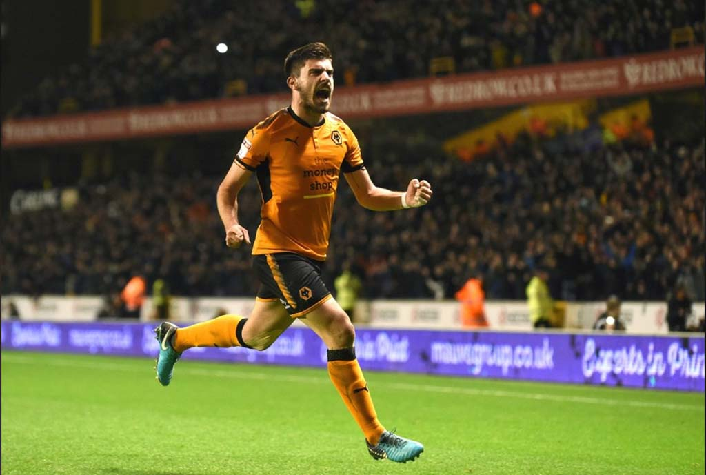Double Trouble As United Enter Neves Race