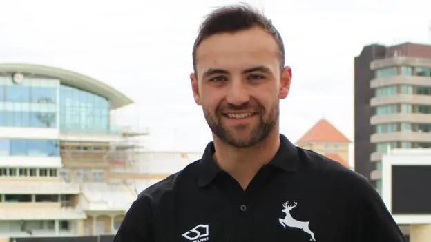 Yorkshire Sign Notts Batsman Fraine