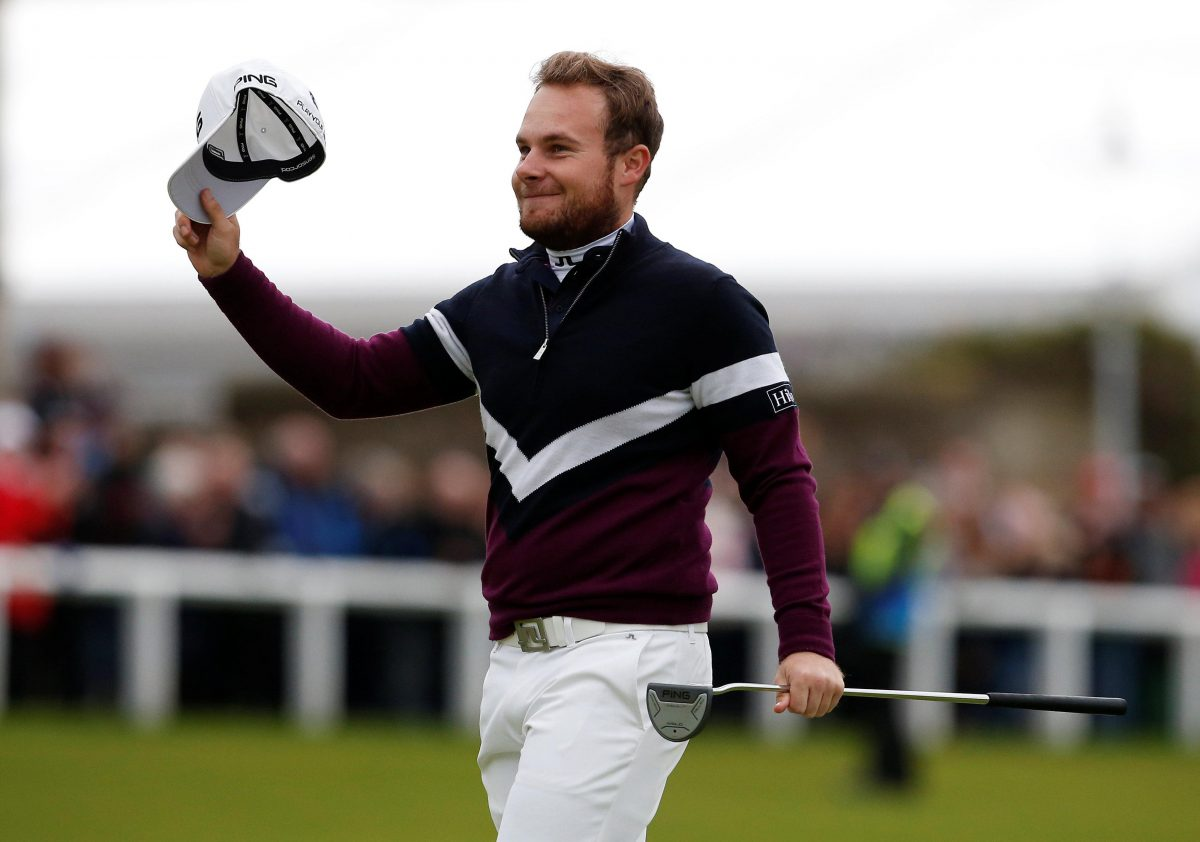 Hatton Hails Poulter For England's Solid World Cup Start