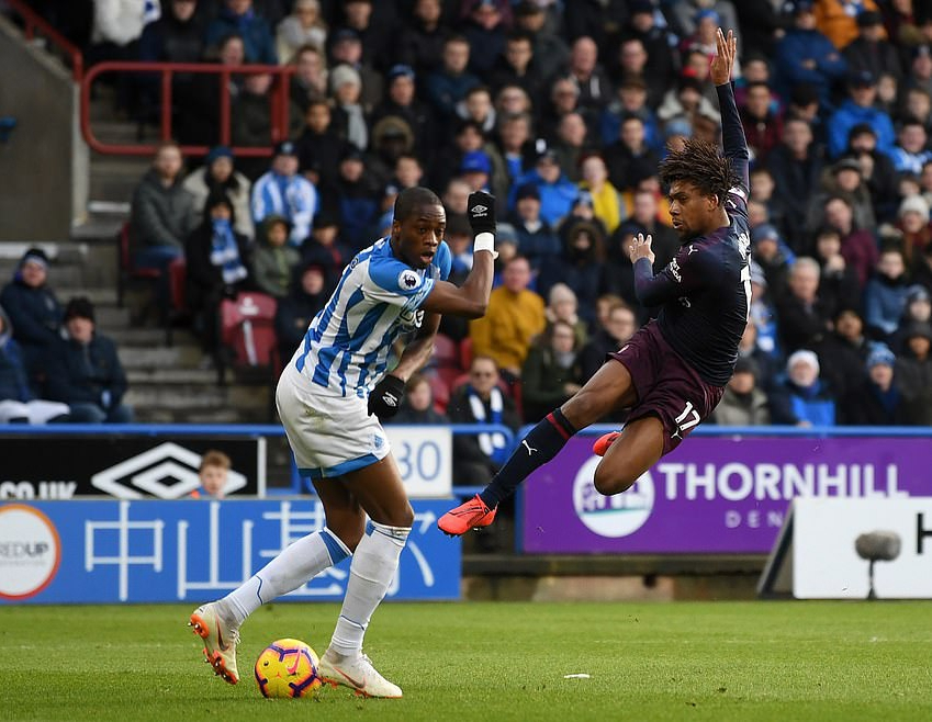 Iwobi Ends 7-Game Goal Drought In Arsenal Win At Huddersfield; Liverpool Thump Bournemouth