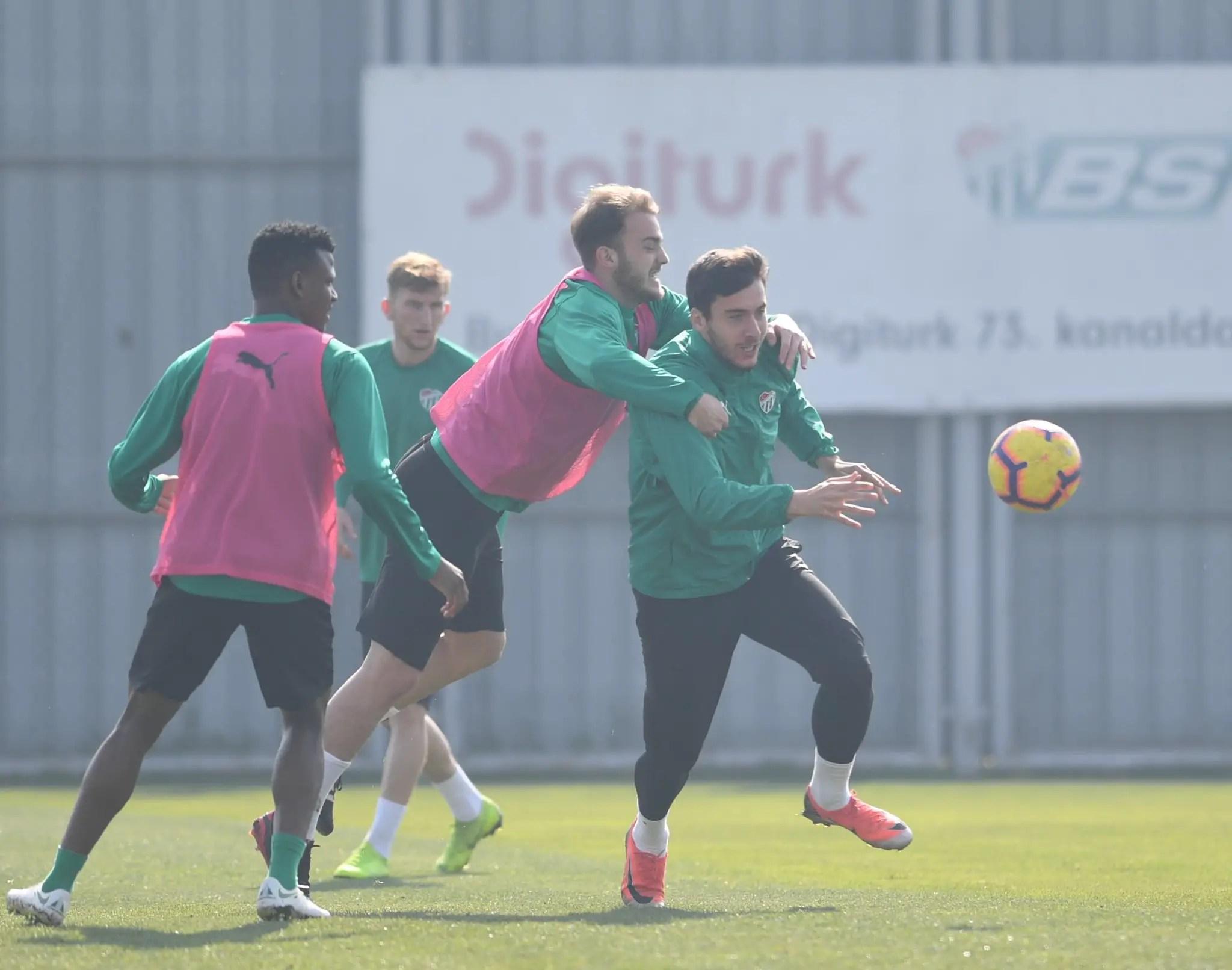 Turkish League: Abdullahi Fired Up For Bursaspor Tough Clash Vs Basaksehir