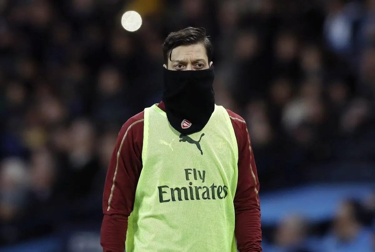 Emery Fires Ozil Fitness Warning