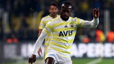 Moses Thumbs Up Fenerbahce's Europa League Win Vs Zenith