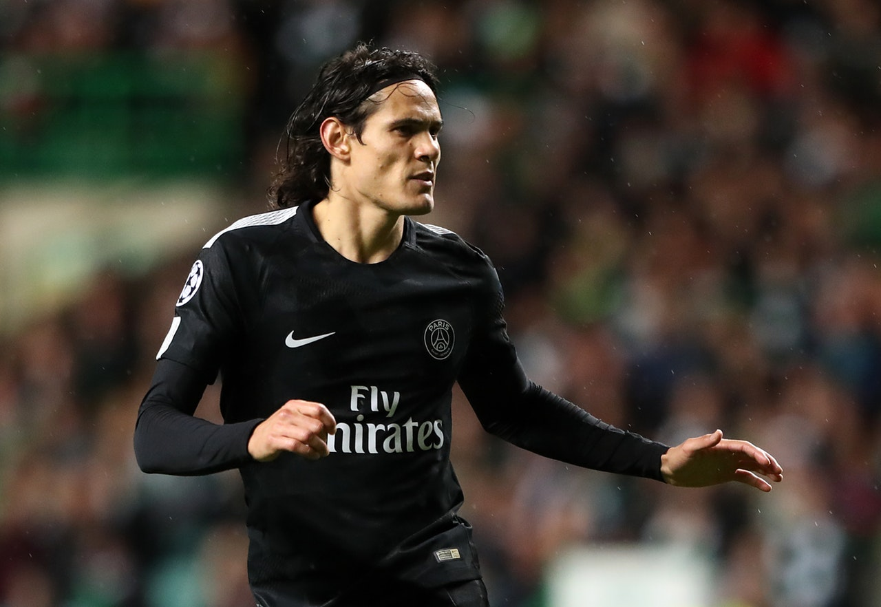 Cavani Facing More Time On The Sidelines