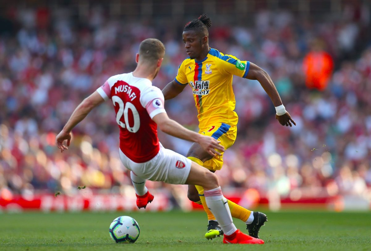 Emery Jumps To Mustafi Defence