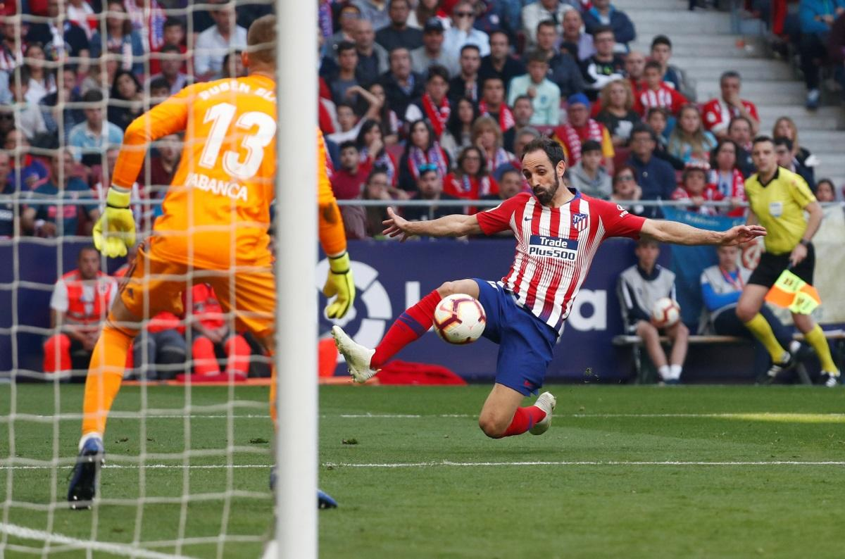 Juanfran Puts Future Plans On Hold