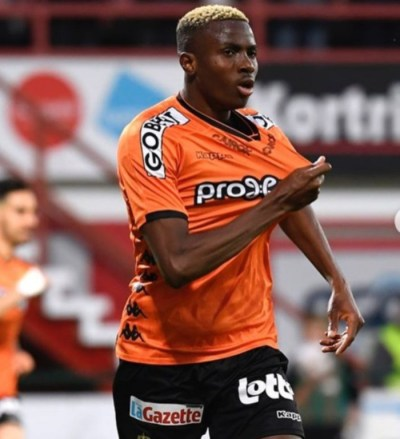 victor-osimhen-sporting-charleroi-belgian-first-division-a-europa-league-play-off-vfl-wolfsburg-southampton