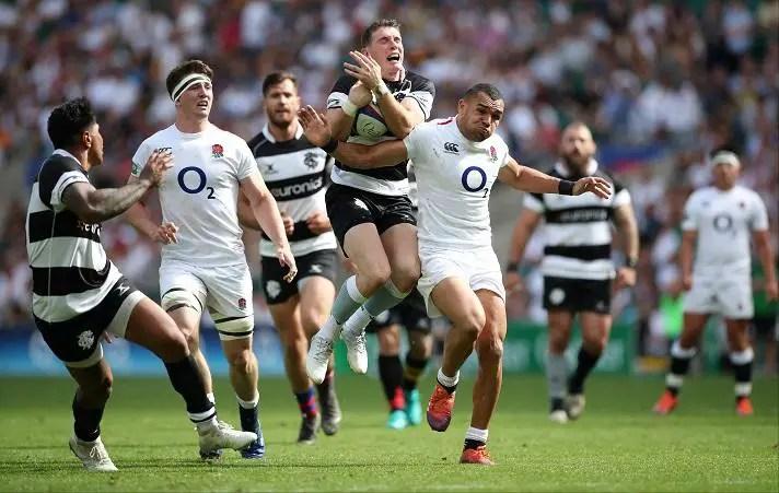 England Win High-Scoring Twickenham Affair