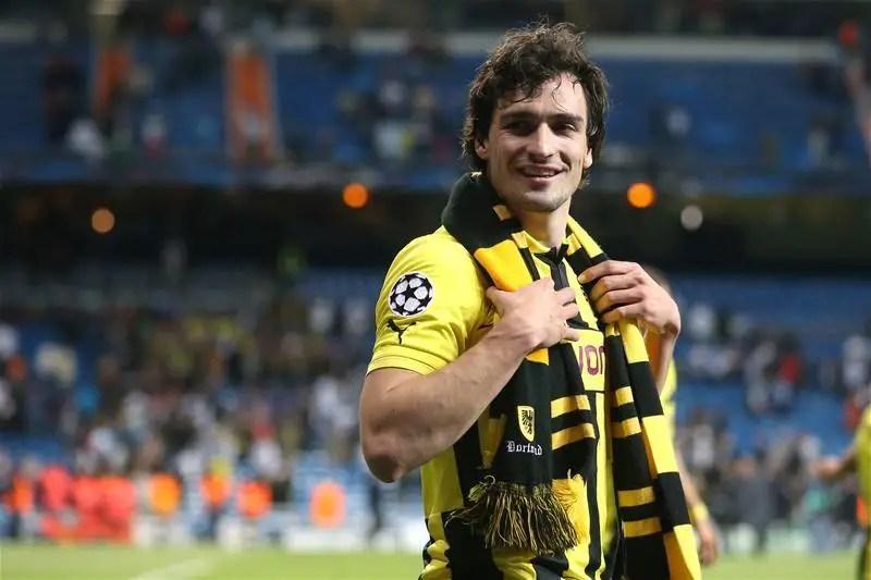 Hummels Agrees Dortmund Switch