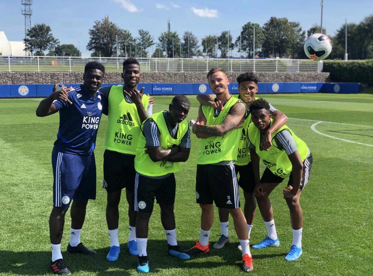 Leicester Assistant Coach Davies Backs Iheanacho To Shine In New Season
