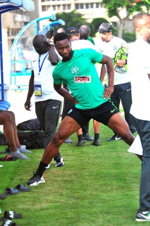 Mikel Steps Up Recovery Program On Knee Injury, Trains Separately