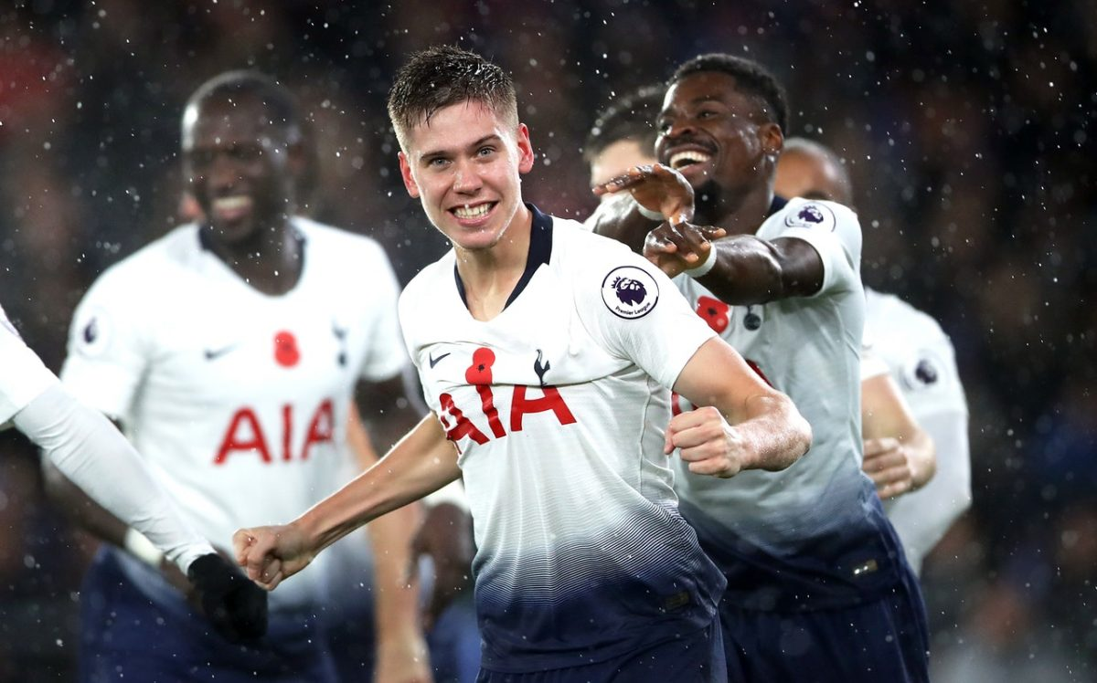 Foyth Injury Worry For Spurs