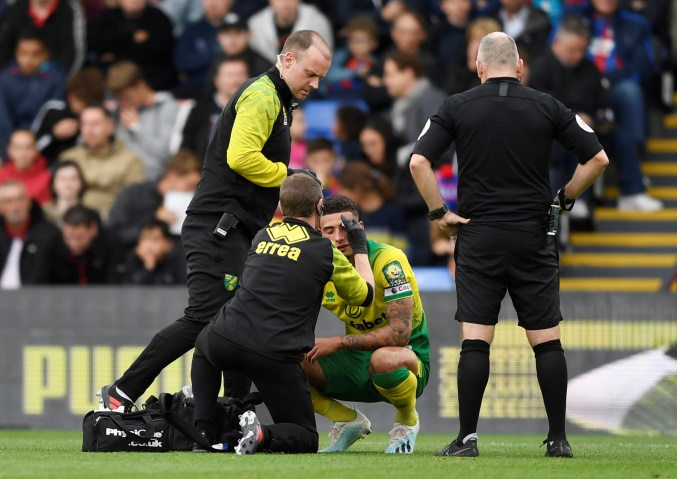 Farke Hopeful Of Including Rio Protege Godfrey Against Man Utd