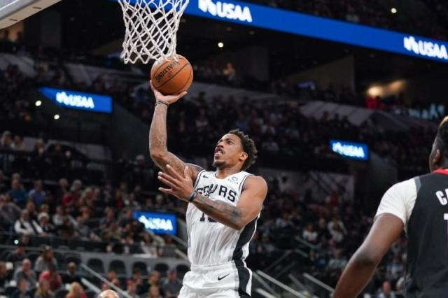 Cavaliers Come To Town To Meet DeMar DeRozan And The Spurs AT &T Center