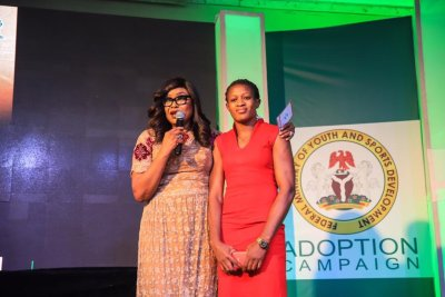 odunayo-adekuroye-sunday-dare-minister-of-youth-and-sports-development-adopt-an-athlete-initiative-wrestling