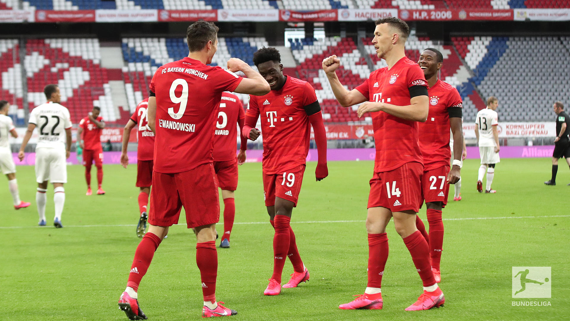 Bundesliga: Bayern Outclass Frankfurt 5-2 At Allianz Arena