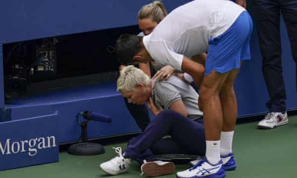 Djokovic Disqualified From US Open After Hitting Line Judge With Ball