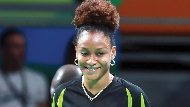 Sports Ministry Pays For Oshonaike's Surgery; Tennis Star Thanks  Minister