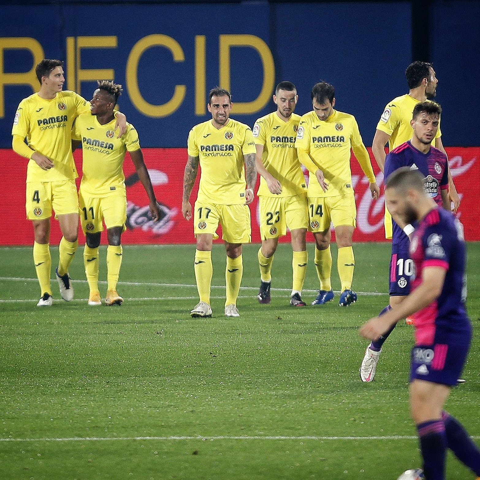 Emery Thumbs Up Chukwueze , Teammates After Win Vs Valladolid