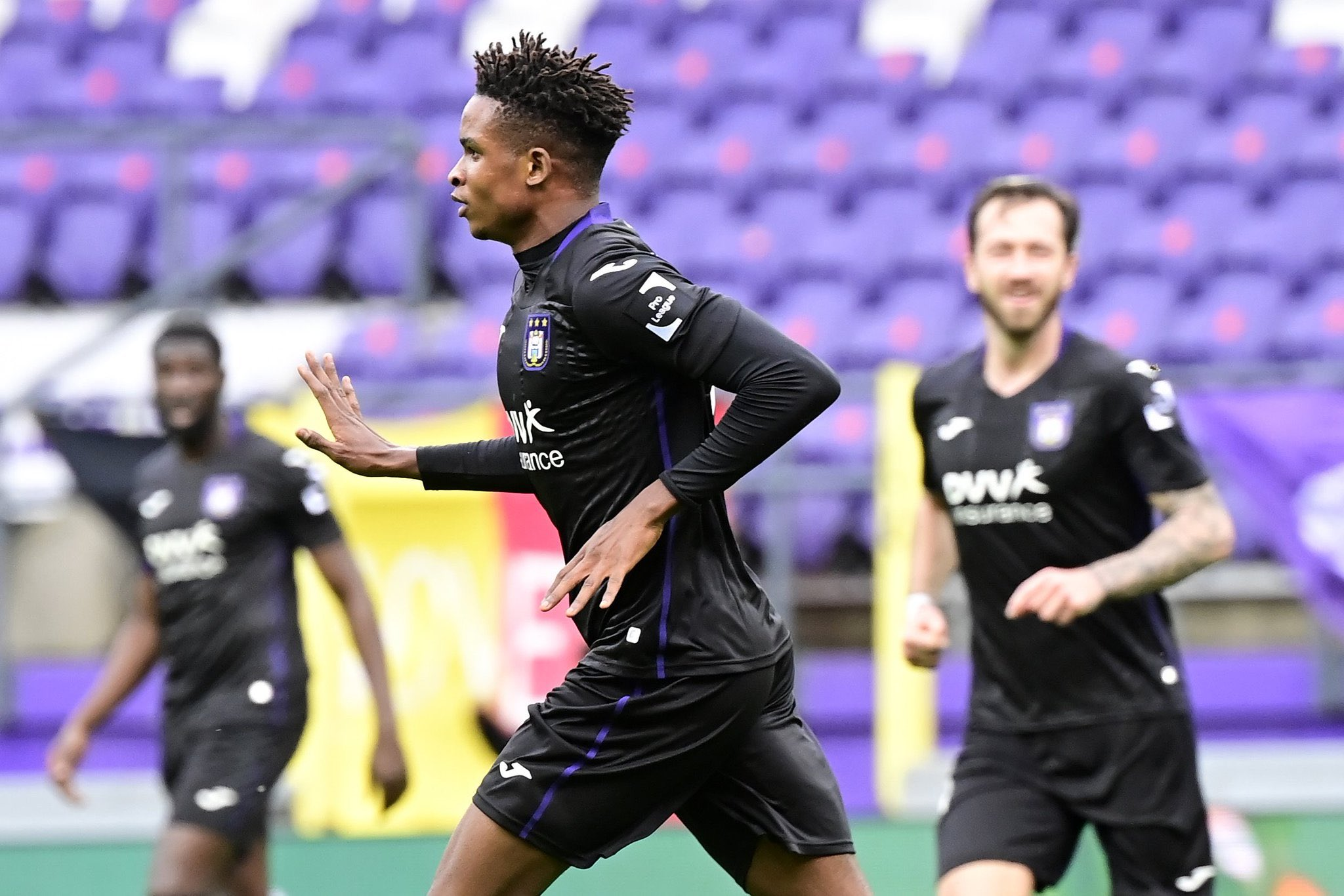 'He Has Everthing To Become A Special Player'- Kompany In Awe Of Mukairu's Quality