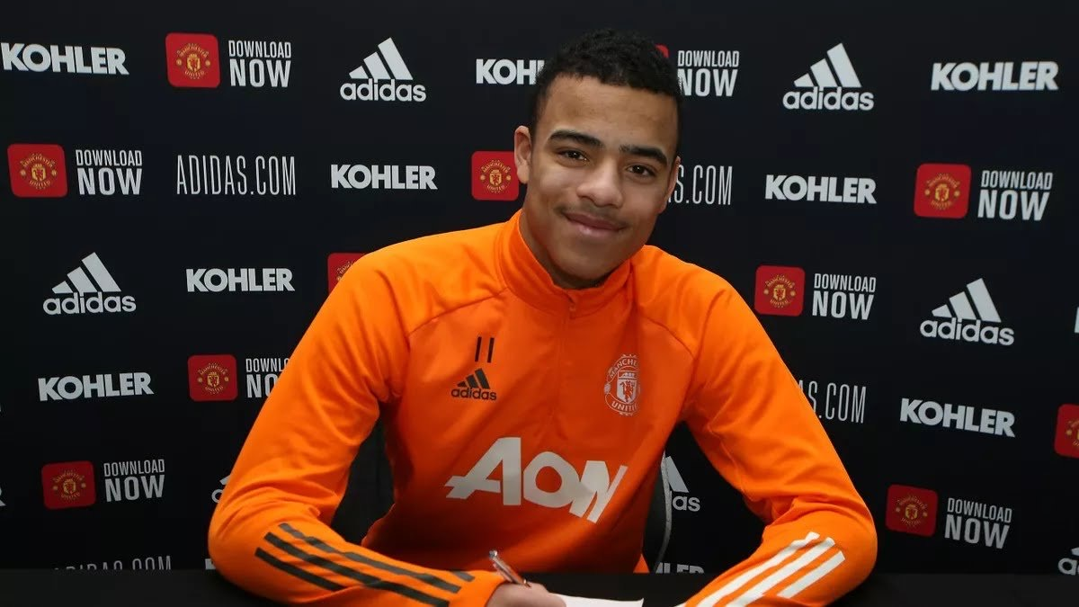 Greenwood Signs New Four-Year Deal At Man United