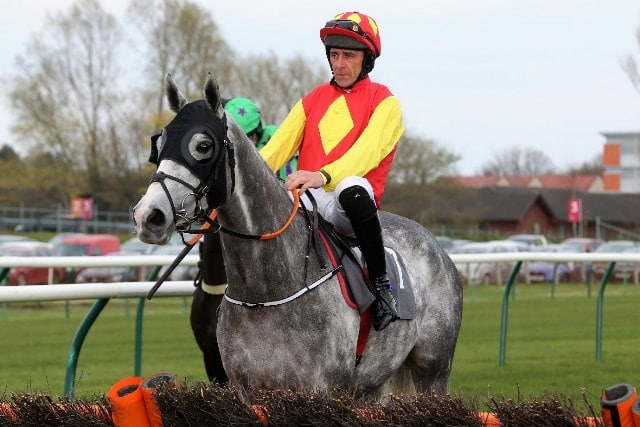 No Davy Russell At This Year's Cheltenham Festival, So Who Are The Jockeys To Watch?