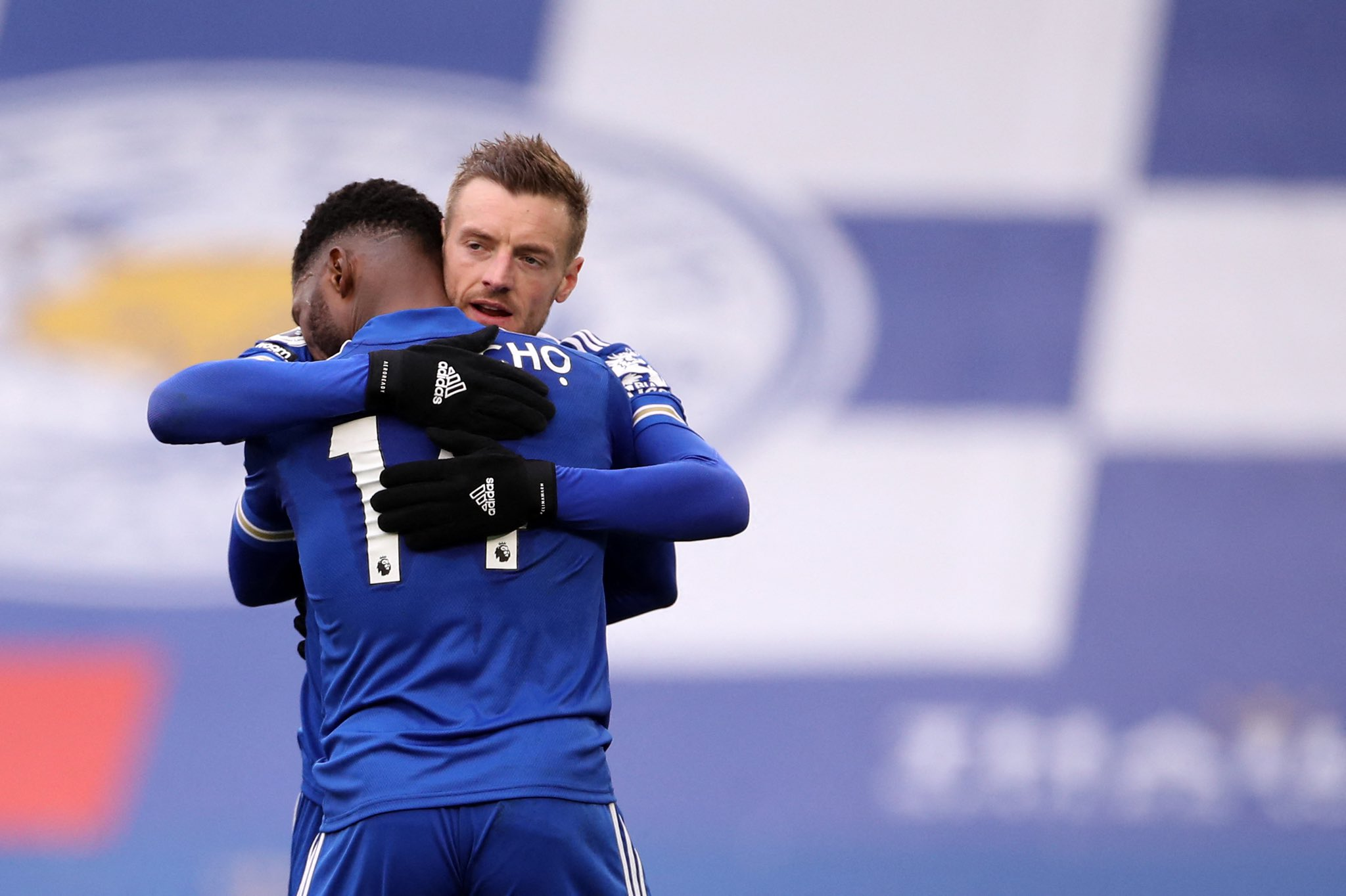 Vardy Congratulates Iheanacho After Netting Hat-trick Against Sheffield United