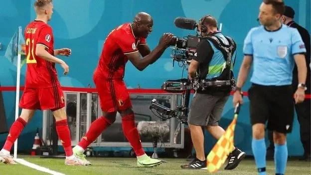 Euro 2020: Lukaku Nets Brace, Pays Tribute To Eriksen As Belgium Outclass Russia