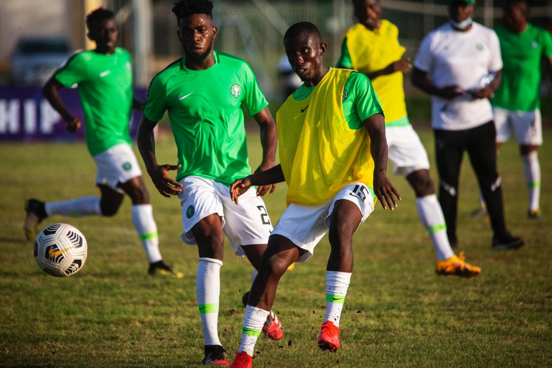23 Players Sweat Through Home Eagles' Thursday Morning Training