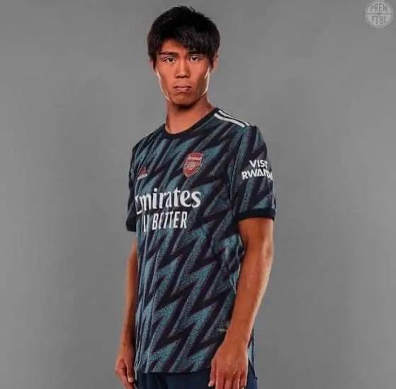 OFFICIAL: Arsenal Announce Signing Of Japanese Defender Tomiyasu