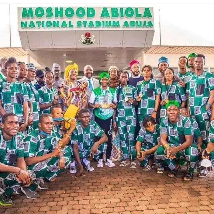 World Athletics U-20 : Dare, Farouk, 2 Other Ministers Host Heroic Team Nigeria
