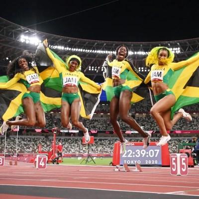 elaine-thompson-herah-briana-williams-shelly-ann-frazer-pyrce-shericka-jackson-4×100-relay-tokyo-2020-olympics-sprint-sports-industry