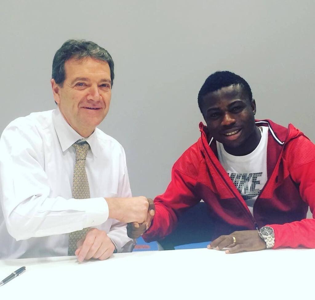 Moses Simon Extends Gent Contract Until 2019