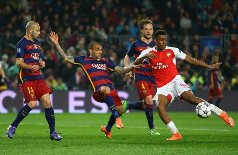 Okocha Hails Iwobi's Impressive Showing For Arsenal Against Barcelona