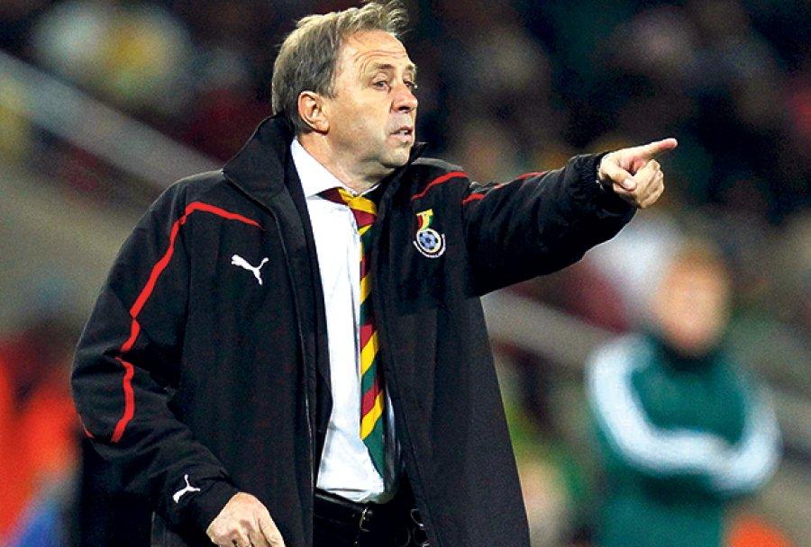 Algeria Sack Coach Rajevac After Cameroon Draw