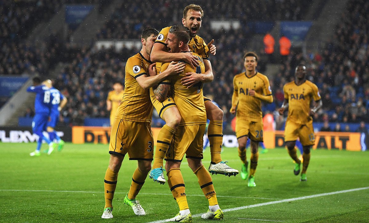 Ruthless Kane helps Spurs thrash Leicester 6-1