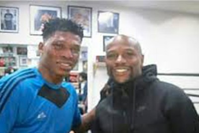 oluwafemi-oyeleye-floyd-mayweather-boxing-completesportsnigeria.com