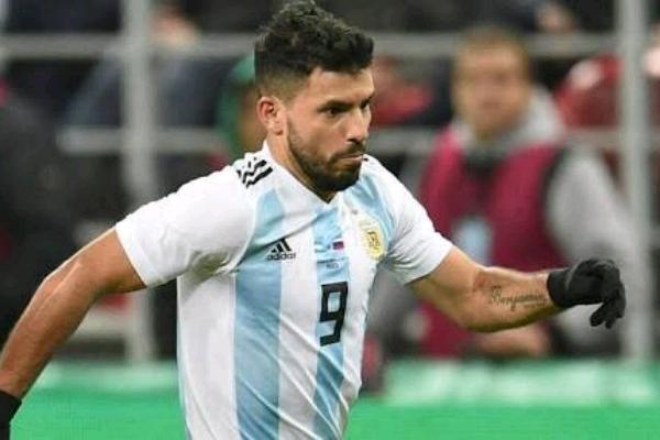 Lionel Messi: Sergio Aguero makes startling Barcelona transfer claim