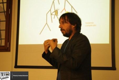 Complexity Literacy Meeting 2014 - Claudio Guidi