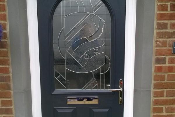 Black-2-Panel-1-Arch-Global-Composite-Door 2