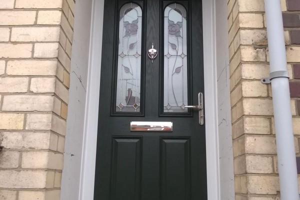 Black-2-Panel-2-Arch-Global-Composite-Door-7