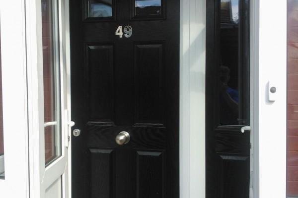 Black-4-Panel-2-Square-Global-Composite-Door-7