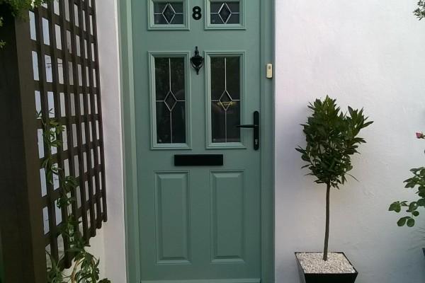 Chartwell-Green-2-Panel-4-Square-Global-Composite-Door-6