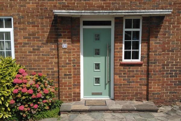 Chartwell-Green-4-Square-Global-Composite-Door-10