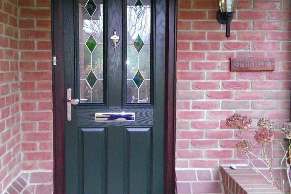 Green-2-Panel-2-Arch-Global-Composite-Door 2
